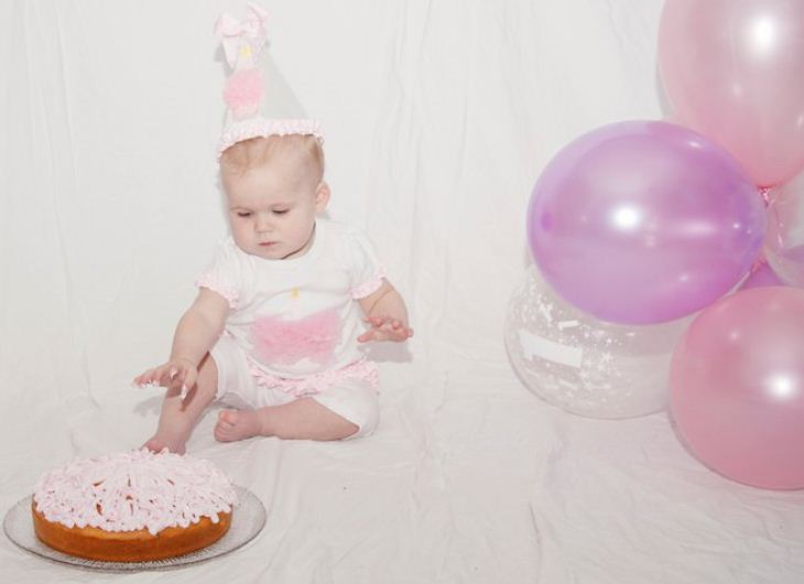 ... photo of her gorgeous daughter celebrating her 1st Birthday and wearing  her Mud Pie Birthday Tunic and Leggings and Mud Pie Birthday Hat just  gorgeous!! 9adba5ee39d