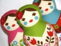 Retrobird -Babushka Doll Rattle in GREEN